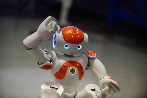 Robot Nao orange
